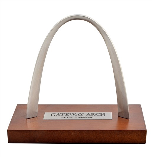 Arch Replica_Metal with wooden base